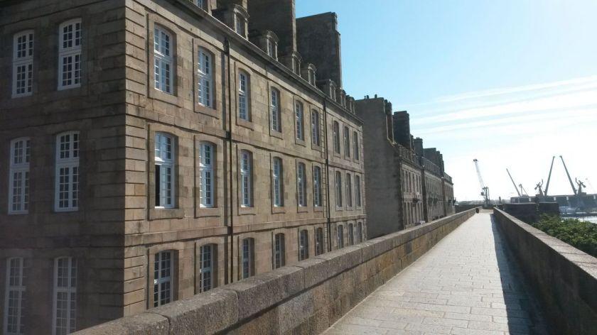 1-vente-appartement-avec-vue-mer-a-saint-malo-intra-muros-wh744-75